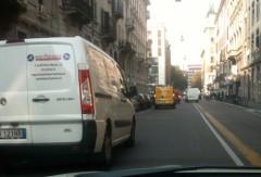 furgoni-in-doppia-fila.jpg