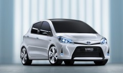 blog nestore,yaris, yaris ibrida
